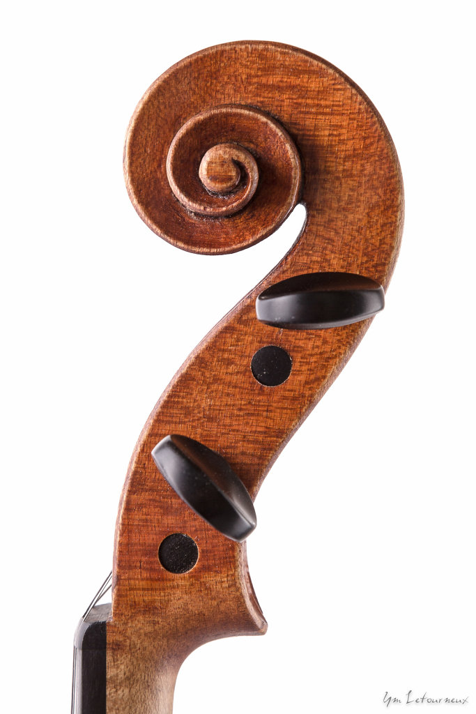 Violin-2012-Stradivari-model-scroll.jpg